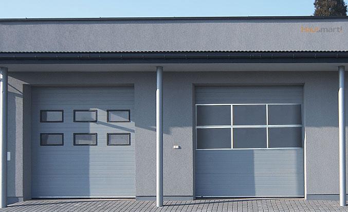 Industrijska vrata s klasično zasteklitvijo ter zasteklitvijo z aluminijastimi paneli.